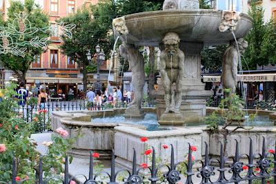 Bib-Rambla square in Granada