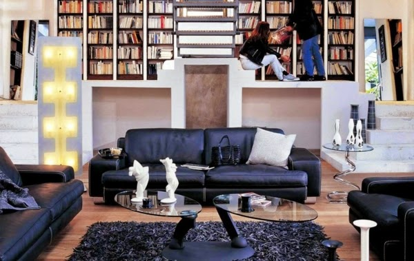 Sala con biblioteca