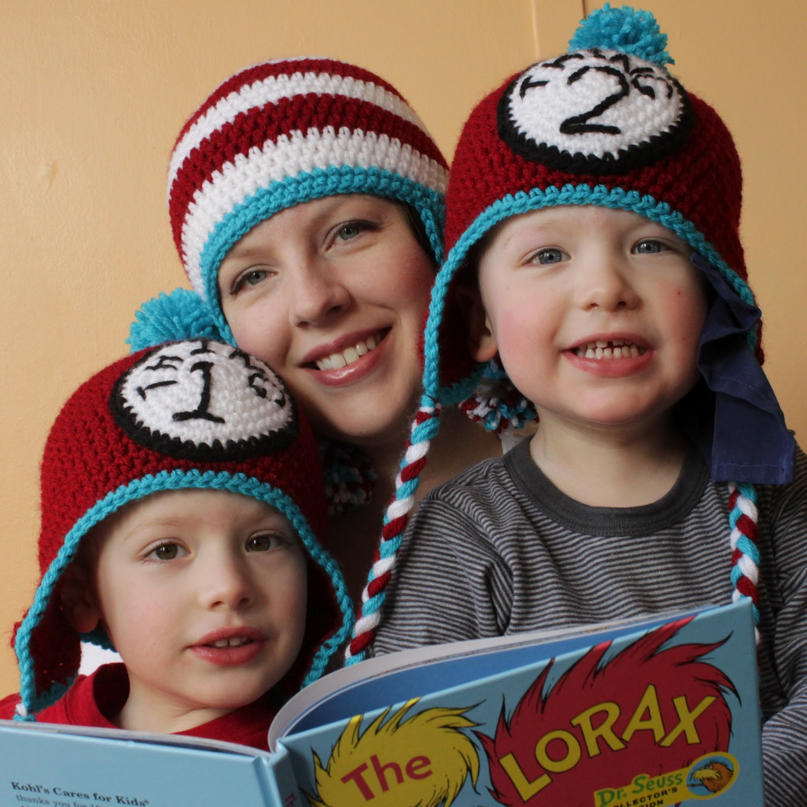 http://3.bp.blogspot.com/-PfCIu9aV8iM/T1BPgzQMoNI/AAAAAAAABhI/zZ2L6hgP7Rw/s1600/Dr.-Seuss-Crochet-Hats.jpg