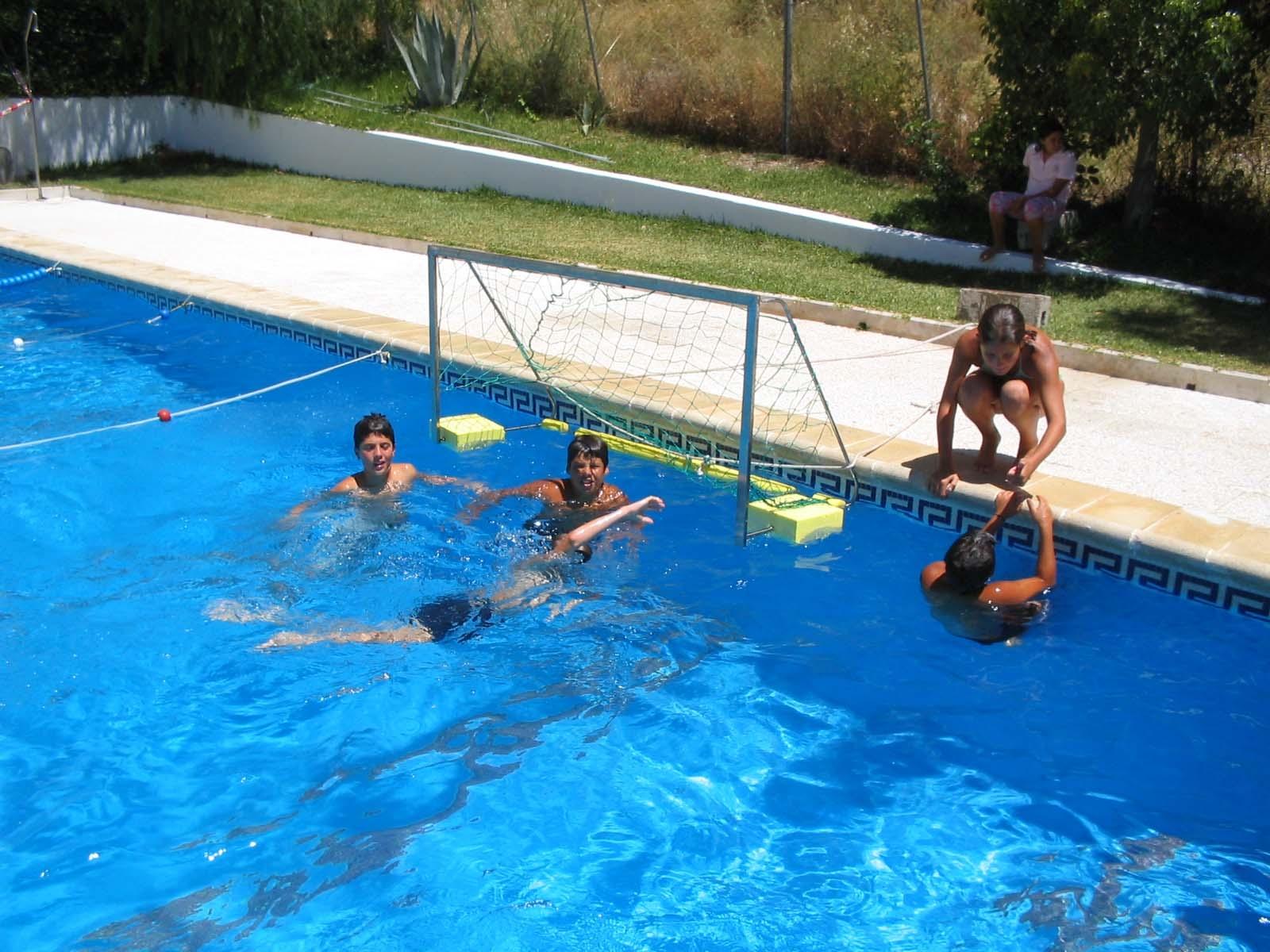 Casares informacion la piscina municipal de casares abre for Piscina municipal de arteixo