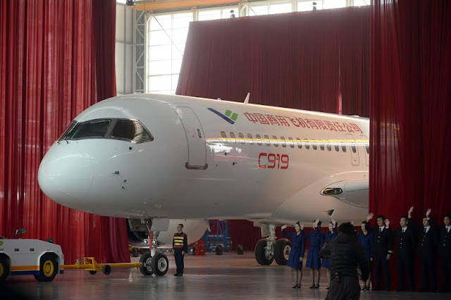 China Unveils its first-ever Passenger Jet (Photos)