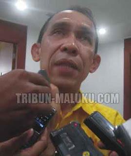 Gubernur Maluku Said Assagaff mengatakan, rentang kendali penyelenggaraan pemerintahan yang jauh dan rendahnya aksesibilitas antar wilayah menyebabkan sebagian masyarakat sulit mendapatkan akses pembangunan dan pelayanan publik.