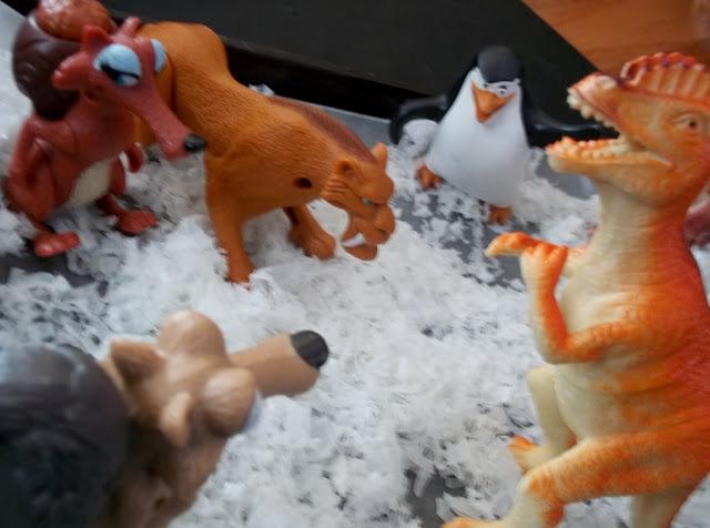 Ice Age Dinosaurs, Sensory Snow Play.