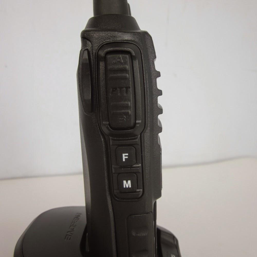 HT Baofeng UV-82 Dual Band VHF UHF Radio FM
