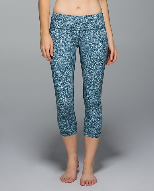 lululemon pebble print wunder under crop