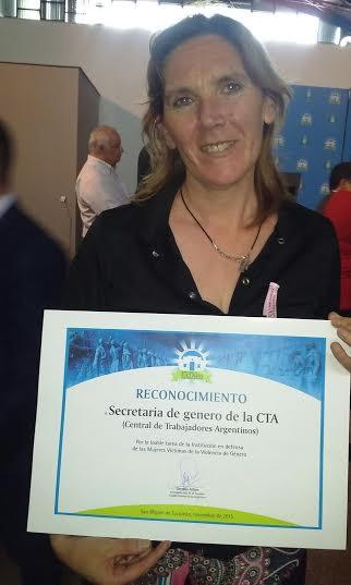 Reconocimiento de la  CTA Autónoma Tucumán a  LEONOR CRUZ,