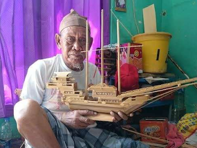 Sukardi kakek pengrajin kapal Pinisi yang tak kenal menyerah