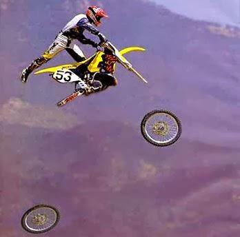 gambar motor terbang