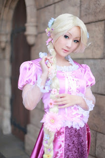 Koyuki cosplay as Disney Rapunzel 3