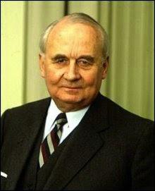 Robert Holzach