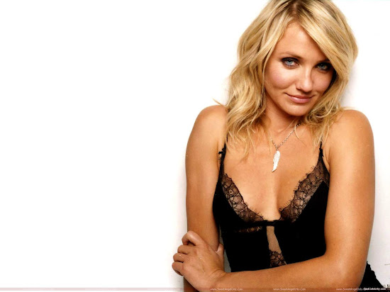 Cameron Diaz looking cute