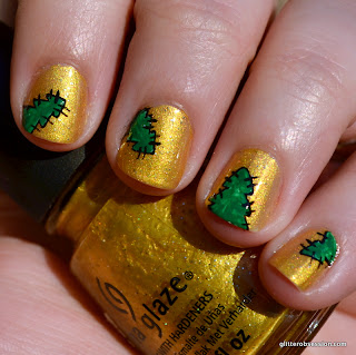 champagne bubbles, china glaze champagne bubbles, champagne bubbles nail art, christmas tree nail art, christmas tree patches nail ar