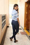 Pooja hegde gorgeous photo shoot-thumbnail-50