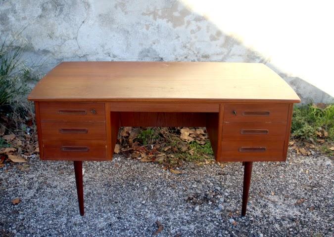 chicbaazar objets vintage 50 60 70 bureau vintage scandinave 6 tiroirs ann es 50. Black Bedroom Furniture Sets. Home Design Ideas