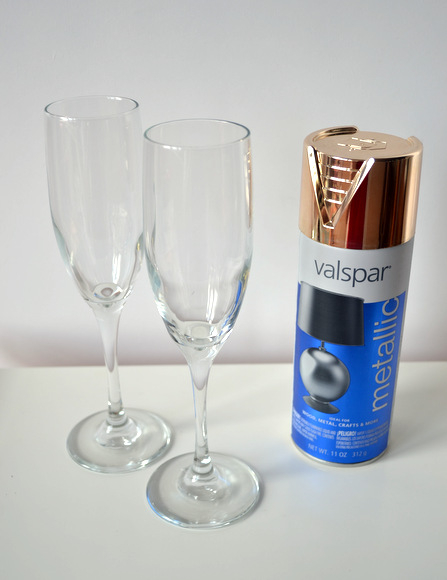 2 clear champagne glasses and valspar gold metallic spray paint