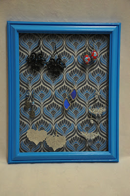 framed earring rack with mesh
