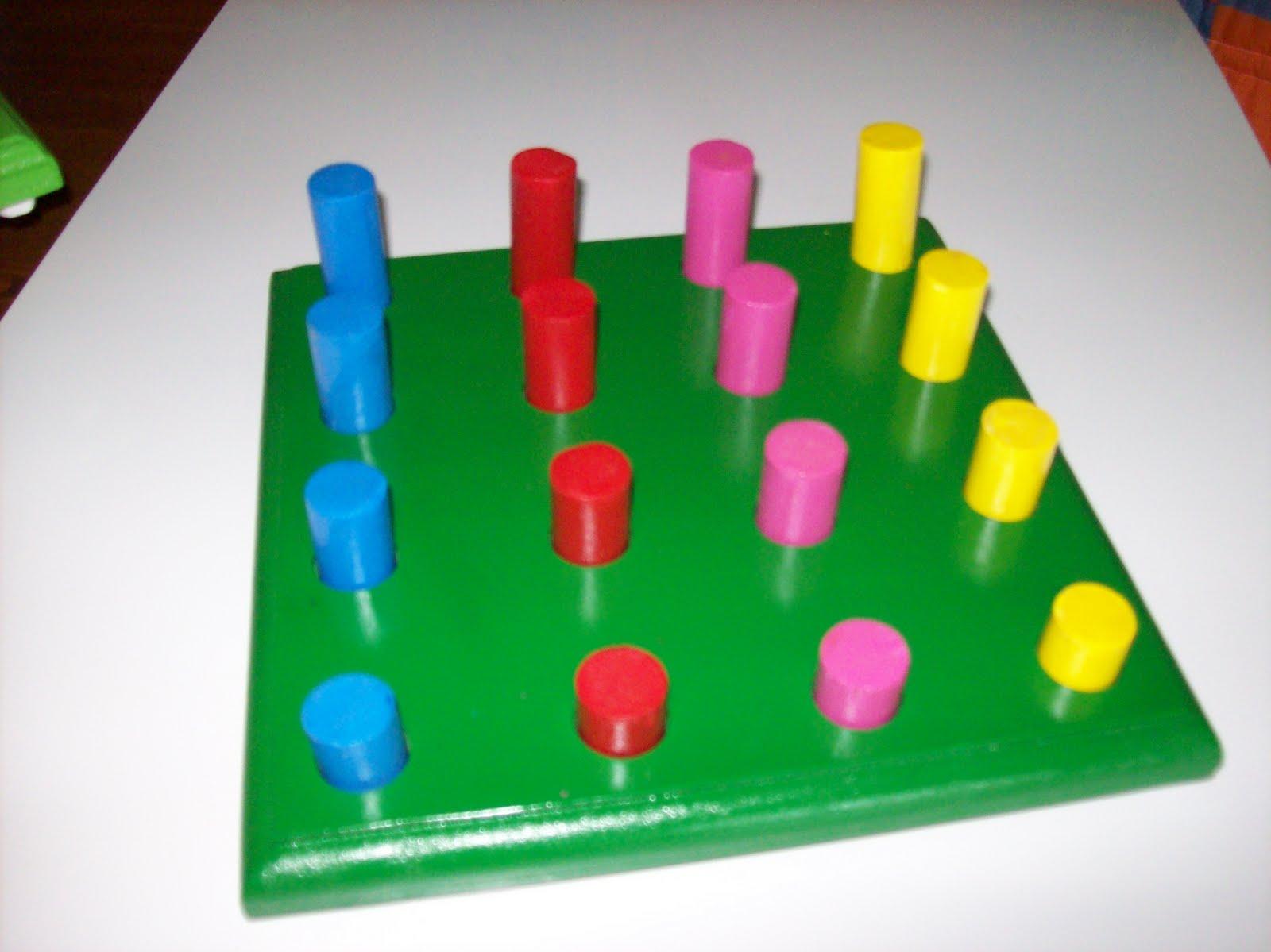 Juegos mesas sillas estantes para preescolar seriaciones for Mesas para preescolar