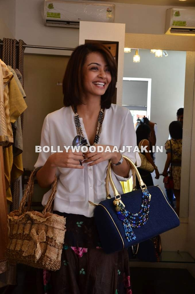 Surveen Chawla with other designers at The Dressing Room store launch 2 -  Surveen Chawla The Dressing Room store launch