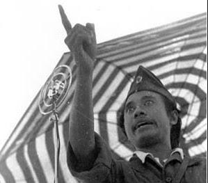 Teks Biografi Pahlawan Bahasa Jawa, Perjuangan Bung Tomo