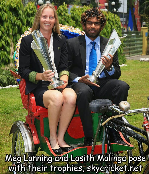 M Lanning and Lasith Malinga pose with T20 world cup titles