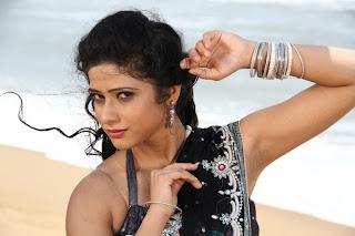 Sutta Pazham Sudatha Pazham Movie Stills