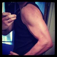 Bicepsträning