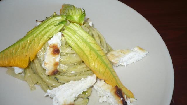 pesto di zucchine e mentuccia