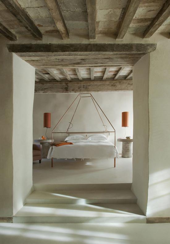 Neo rustic bedroom | Monteverdi Hotel designed by Ilaria Miani