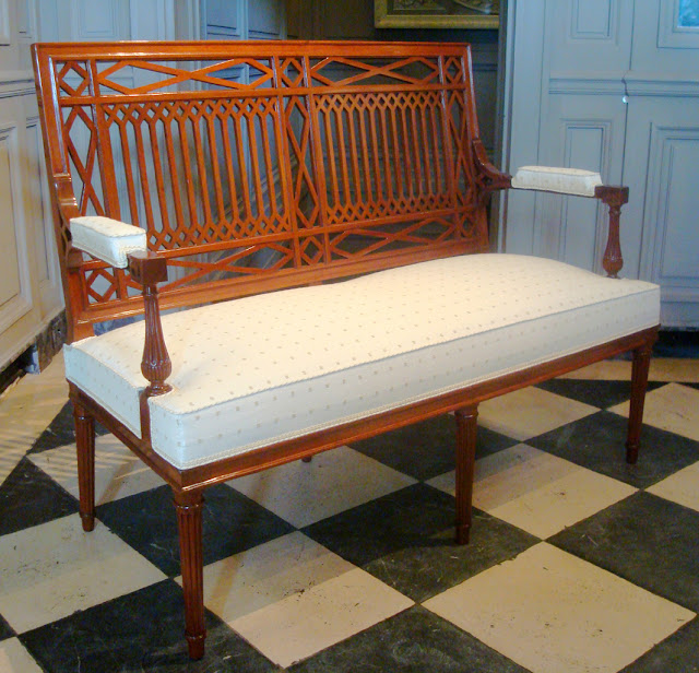 Henri Jacob, Period : Paris, Directoire period, end of 18th century. Material : mahogany. Stamp : H. JACOB.