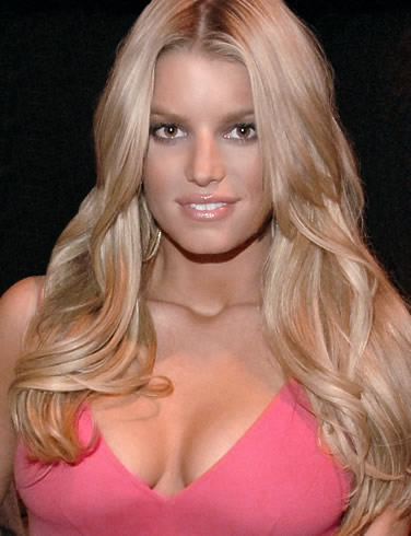 jessica simpson pink cleavage