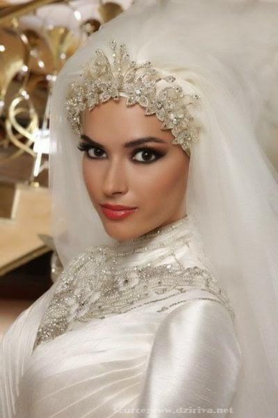 Bijoux pour hijab mariée