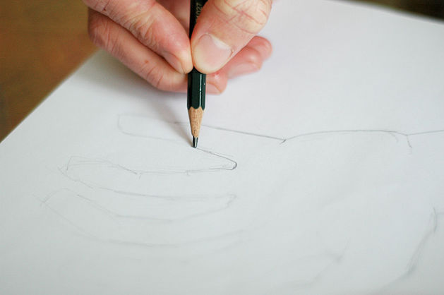 how to draw realistic hands with pencil