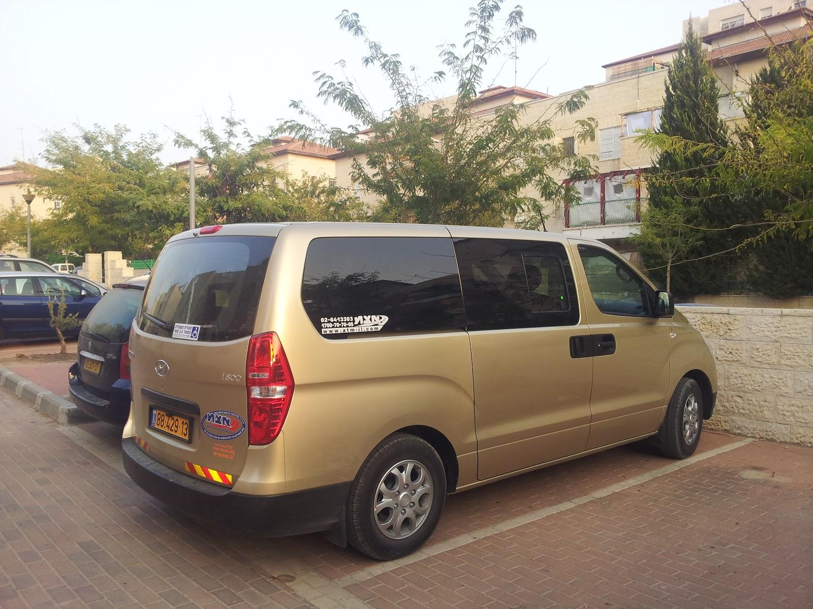 Hyundai i800 crdi 2012 review