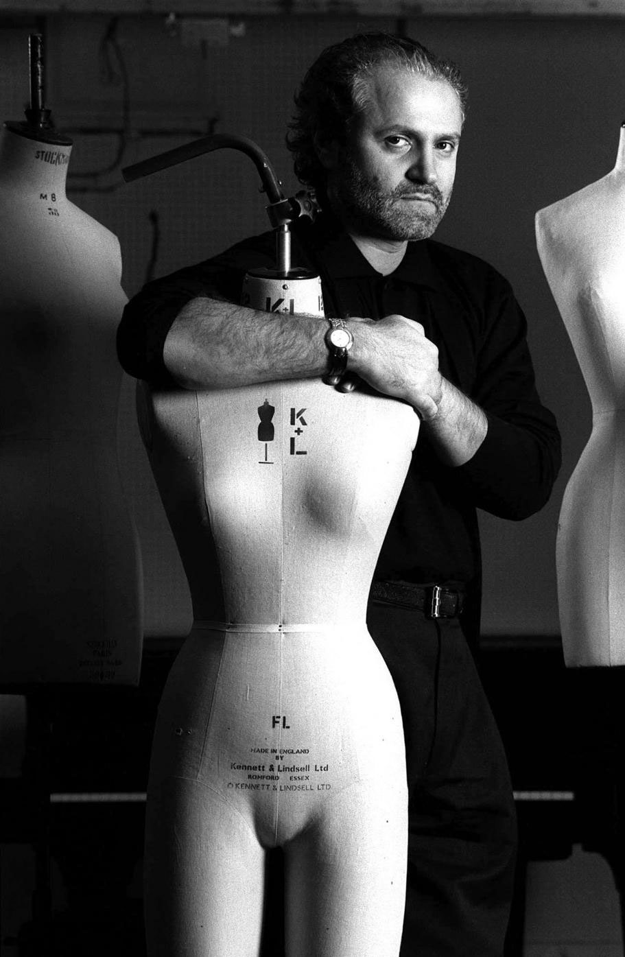 Gianni Versace / Gianni Versace biography / Gianni Versace quotes / Life of Gianni Versace / Made in Italy / Italian fashion designers / via fashioned by love british fashion blog