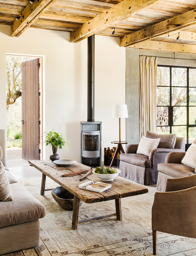Mix and chic home tour a streamlined modern rustic for Modern french farmhouse
