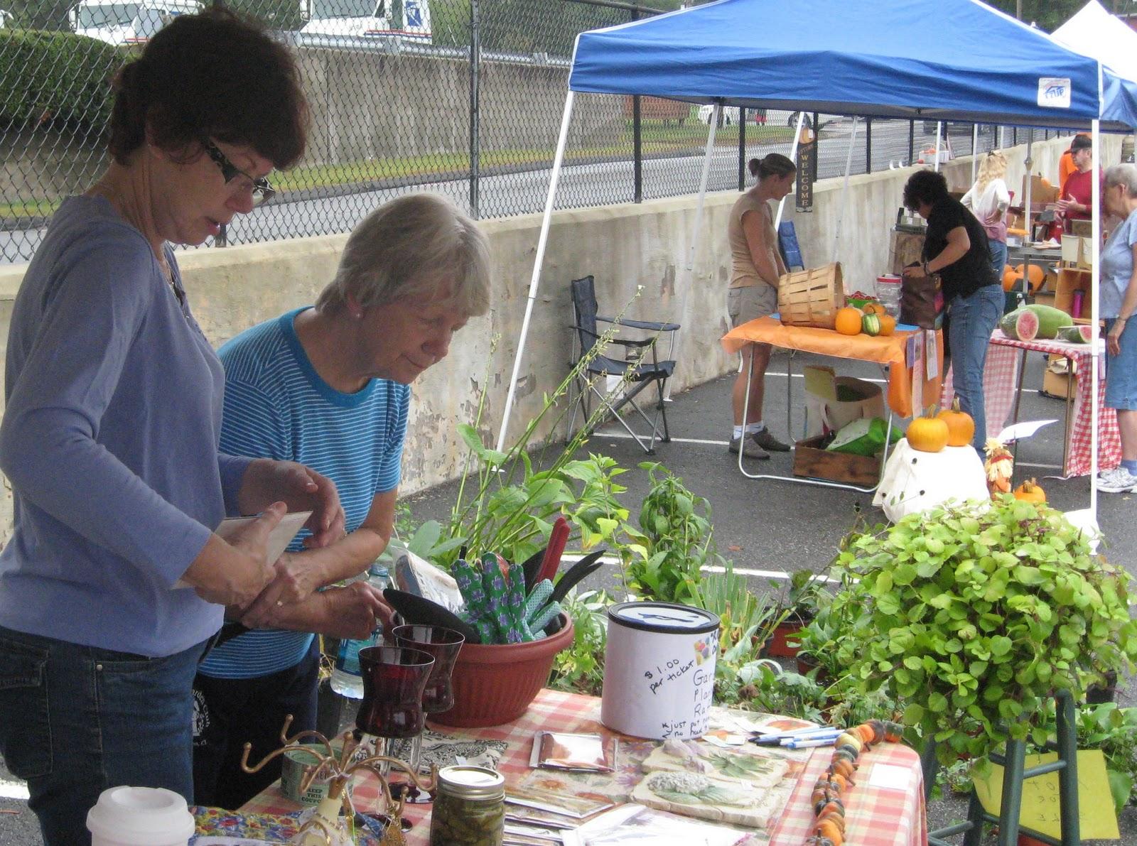 East Hampton Ct Belltown Garden Club September 2011