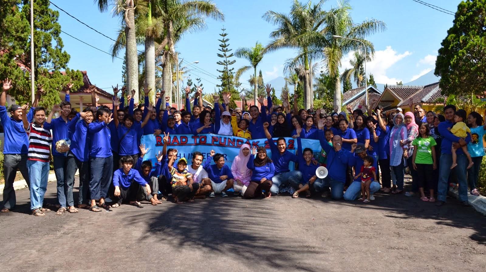 Tour ke Puncak bersama Karyawan