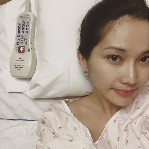 Kim Hiền nhập viện chờ sinh