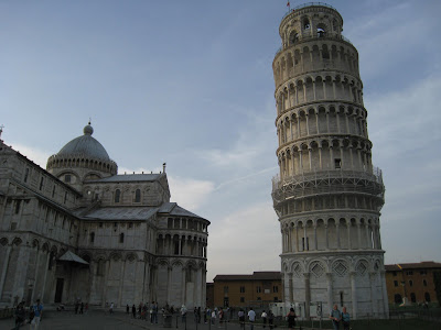 The-Leaning-Tower-of-Pisa-Italy-Piazza-dei-Miracoli