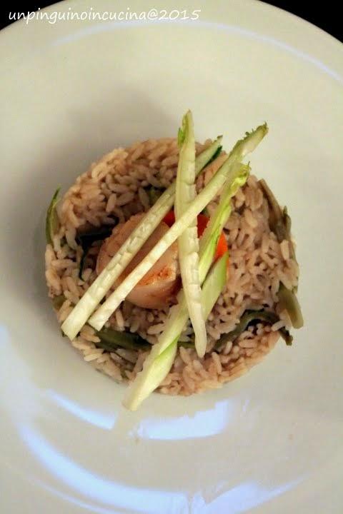 riso integrale con puntarelle, alici e scaloppe di cappasanta