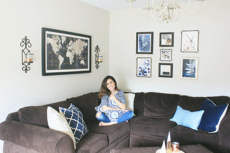 Navy blue and teal living room ideas the naptime reviewer for Teal blue living room ideas