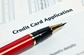 Should You Apply for a Credit Card Online or In Person?