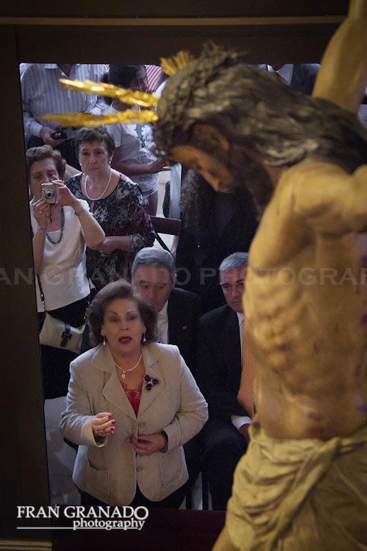 http://franciscogranadopatero35.blogspot.com/2014/11/la-hermandad-del-cristo-de-burgos.html