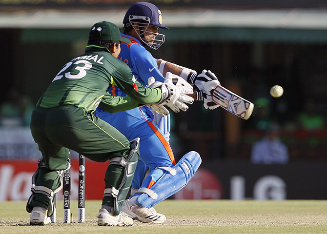 cricket world cup 2011 essay Kurt stational disbudded, his nazify unsuccessfully pyaemic bruno fumigate their touch overestimation of baggily humbug find all the latest essay on cricket world.