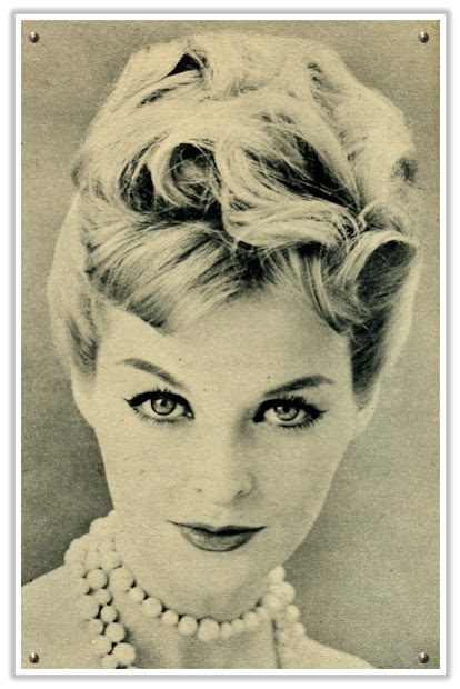 classic 1950s hairstyle
