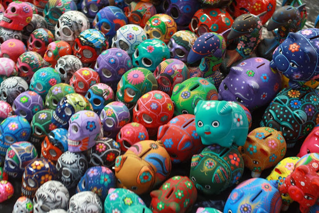 skulls mexico market
