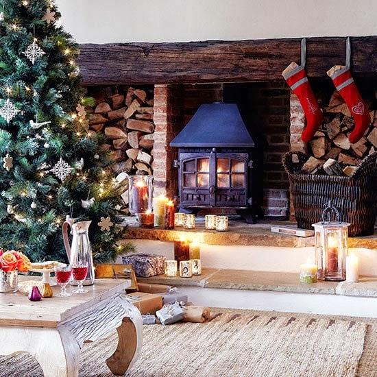 dreams of julie christmas decoration. Black Bedroom Furniture Sets. Home Design Ideas