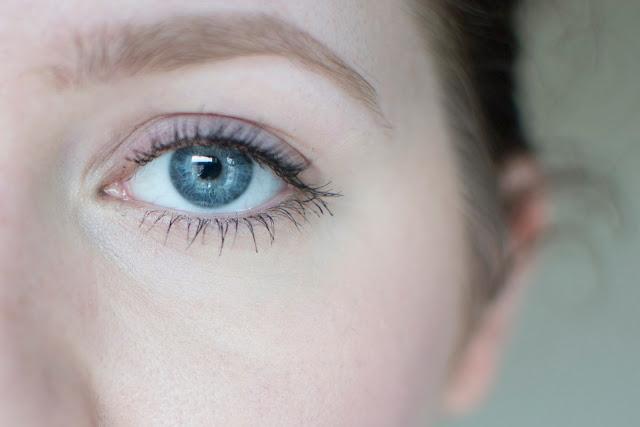 lashes with mascara