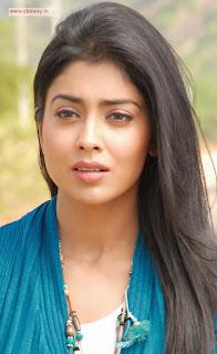 Actress-Shriya-Latest-Stills