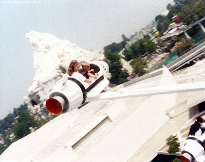 Rocket Jets Disneyland Tomorrowland old 1983 spinning ride Matterhorn